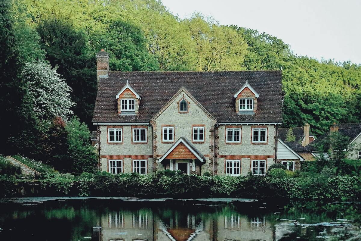 England real estate